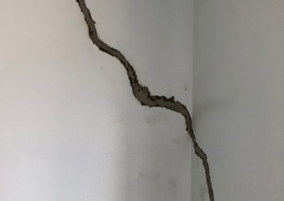 Anchor Property Example Inspection Cracked Wall